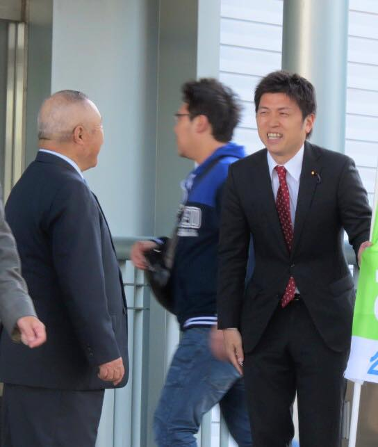 JR立花駅前で駅頭挨拶