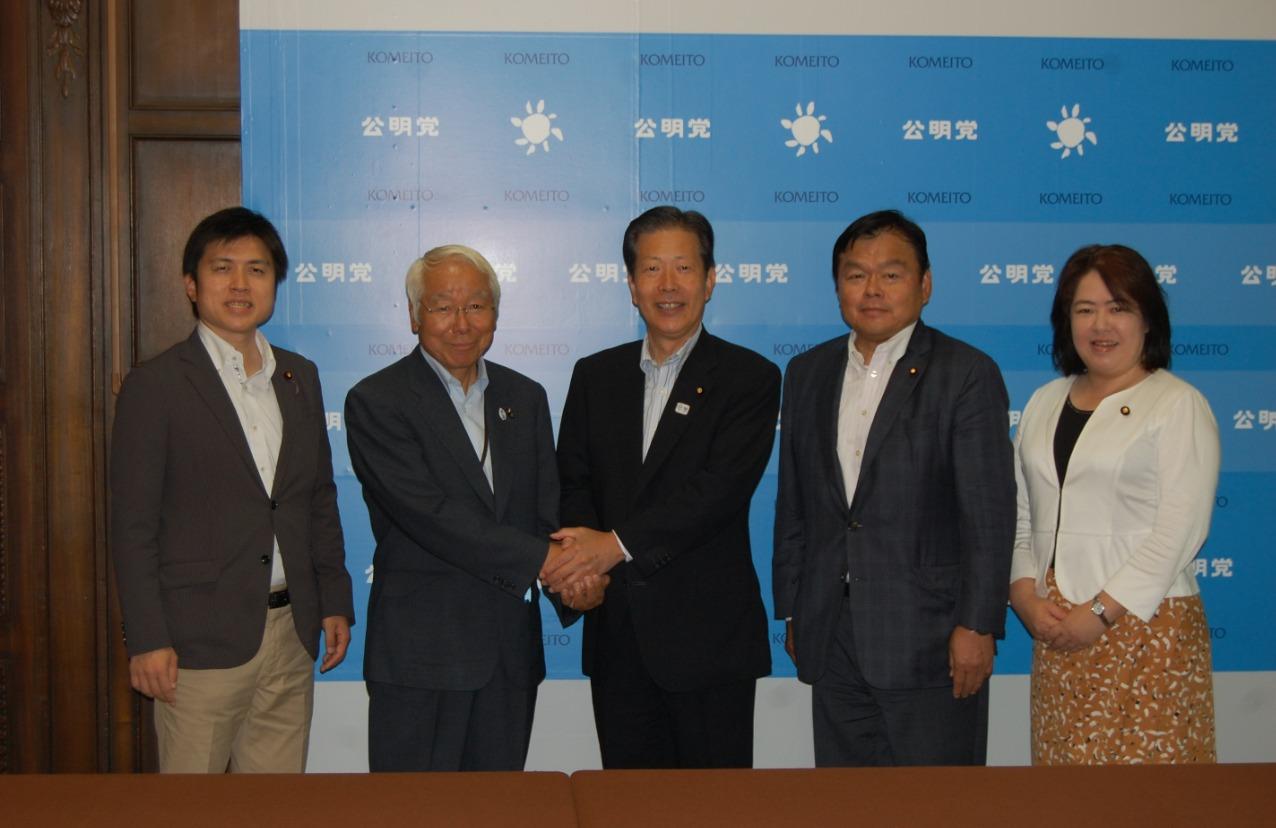 井戸兵庫県知事が山口代表を表敬訪問