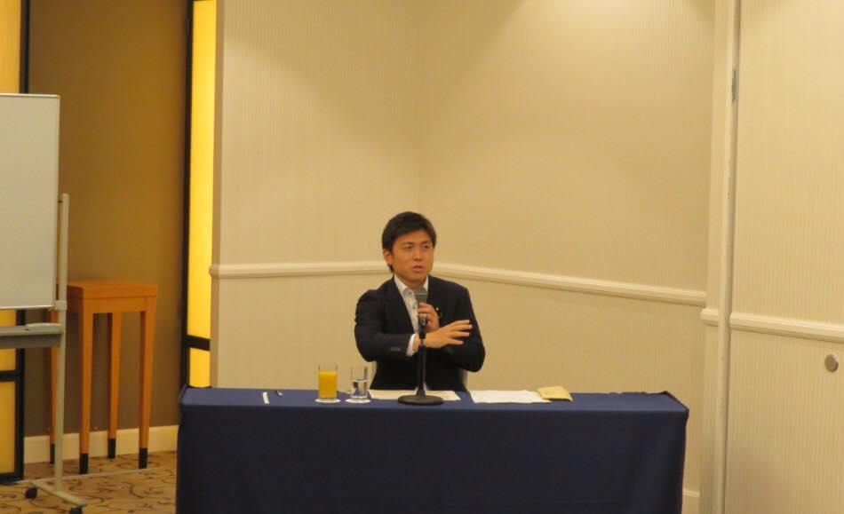 兵庫県トラック協会東部支部の国政報告会に参加