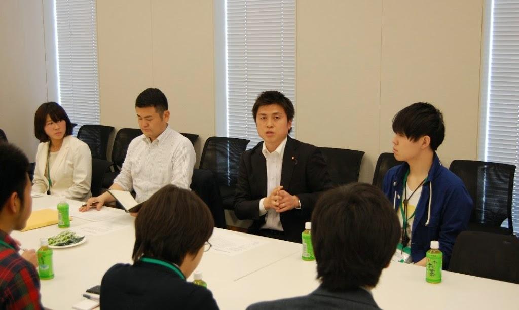 学生との懇談会を開催