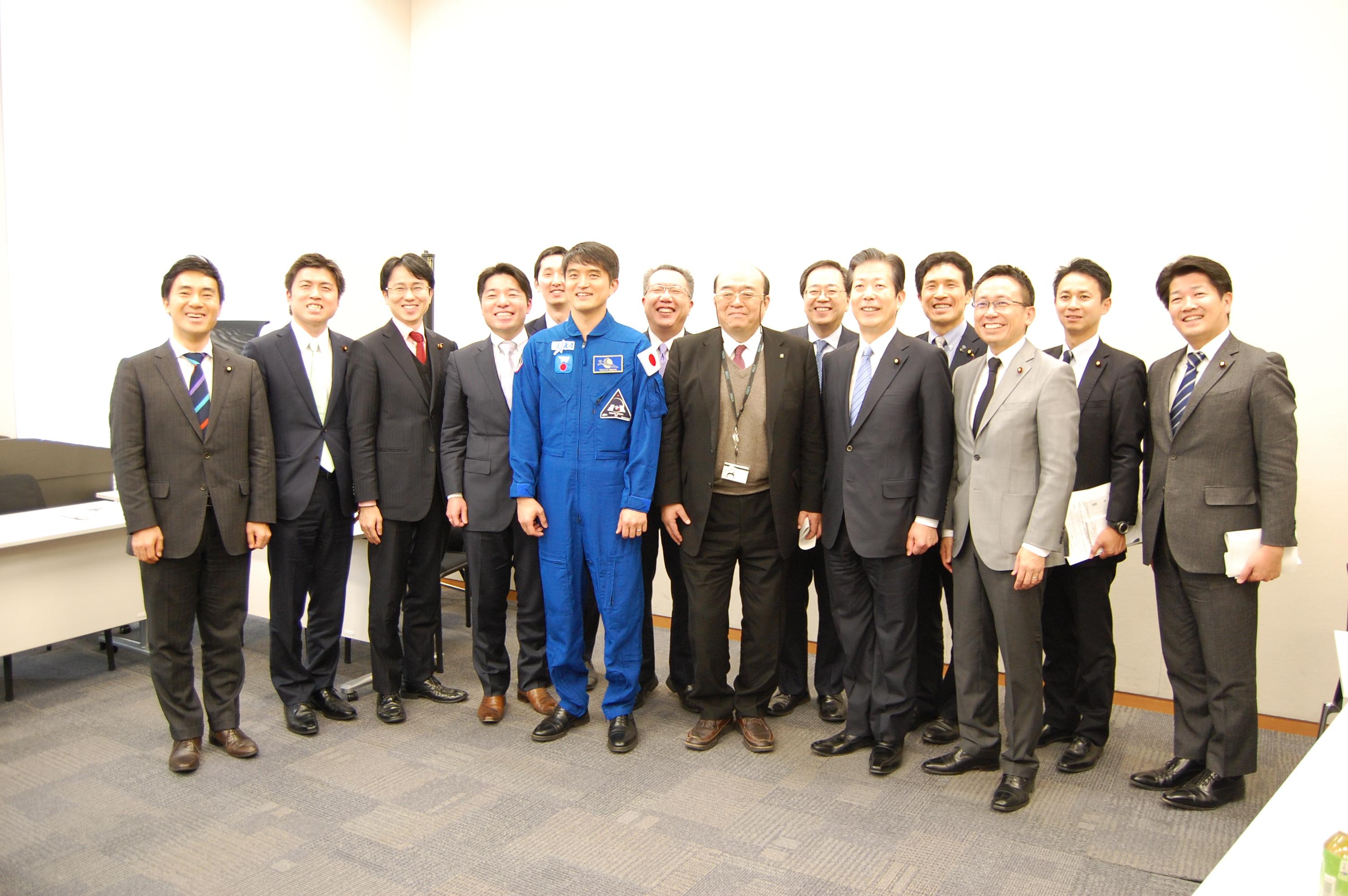 理研の森田氏、大西宇宙飛行士と対談