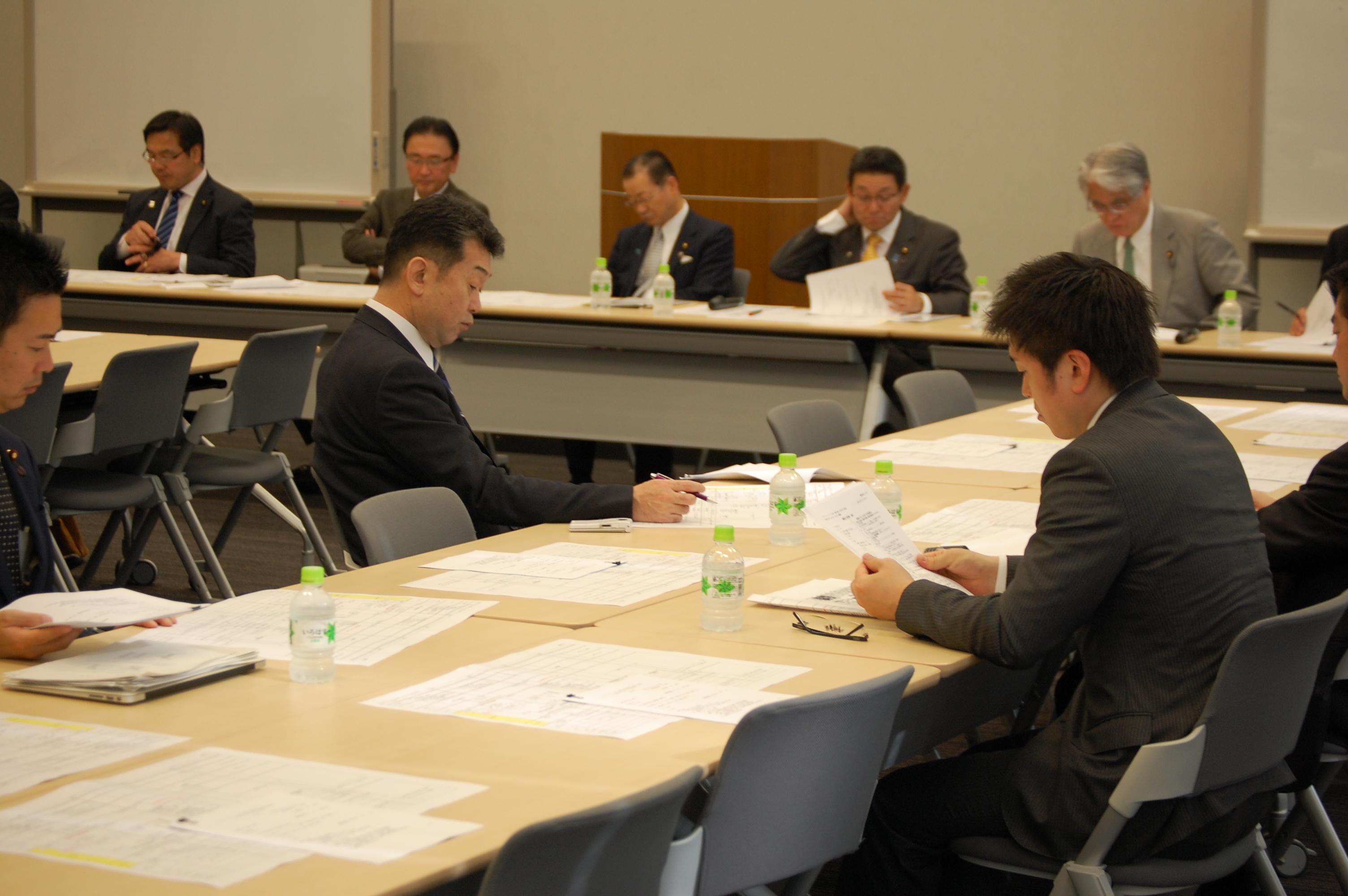 マンガ・アニメ・ゲームに関する議員連盟総会に出席