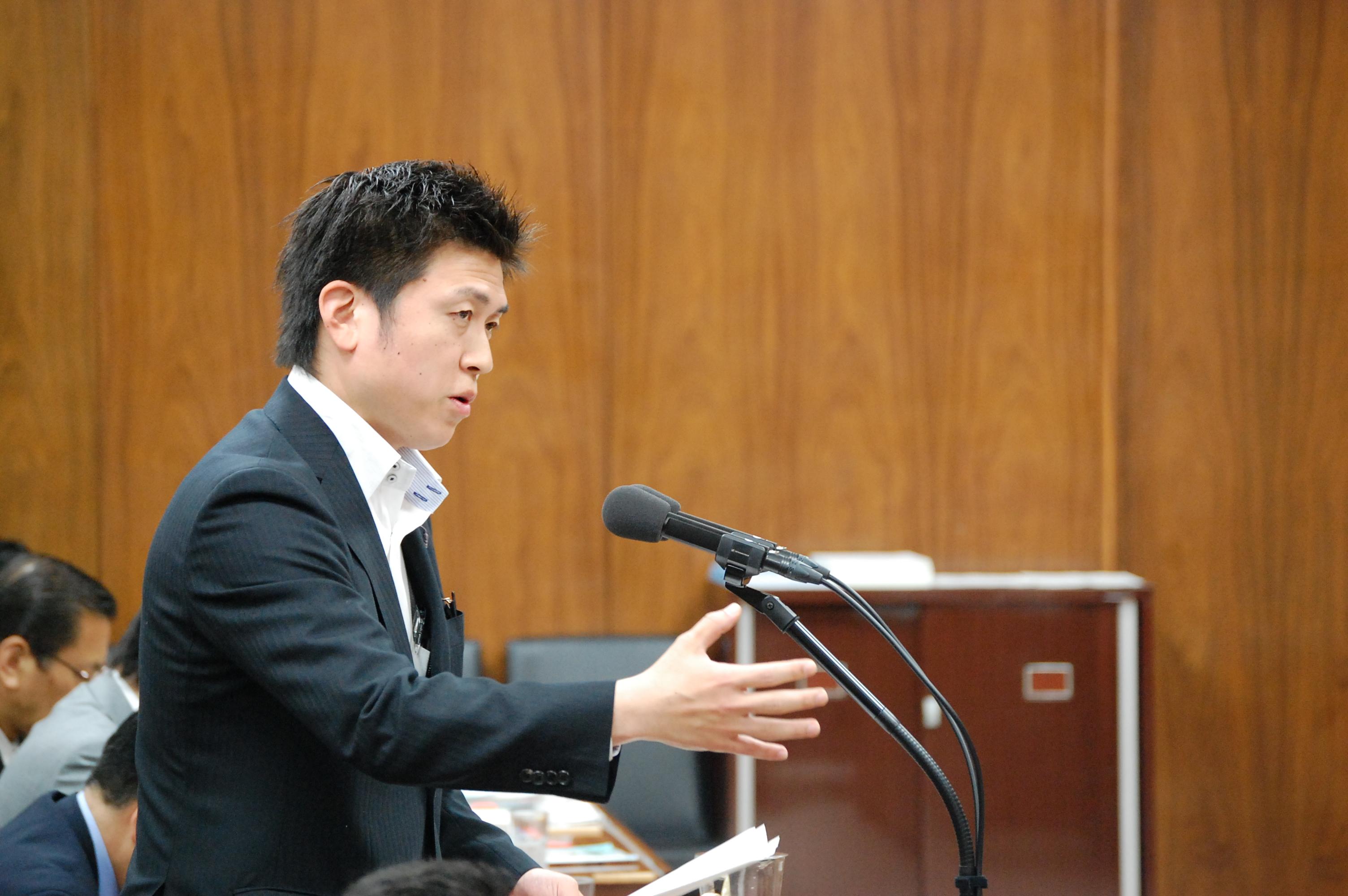 中小企業等経営強化法の審議で国会質問