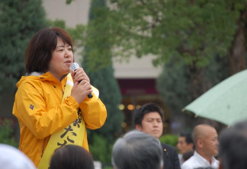 神戸での街頭演説に参加