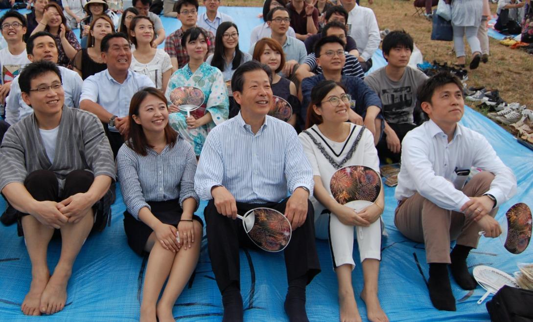 葛飾納涼花火大会に中国人留学生の皆さんと参加