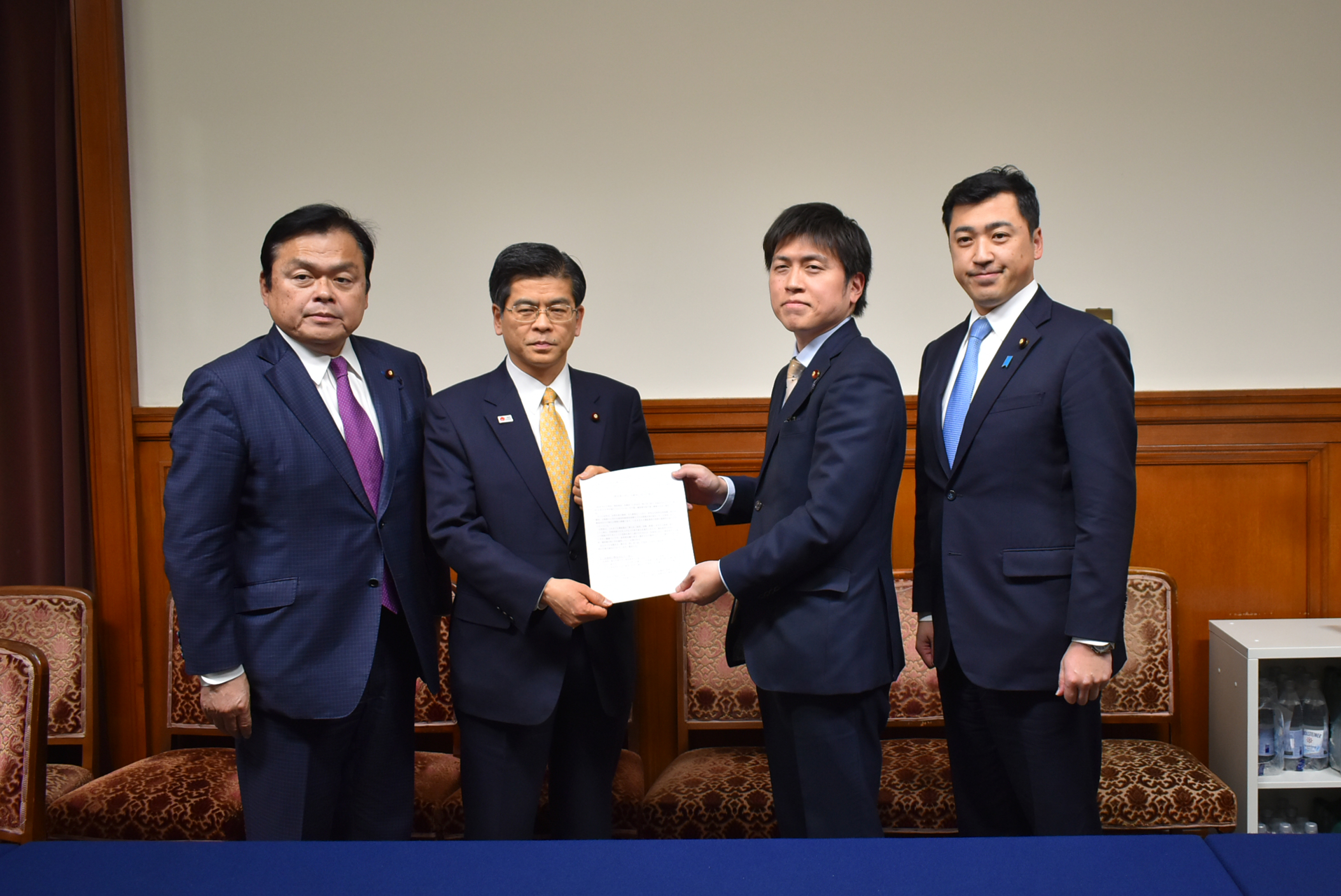 石井国交大臣に建設業の担い手確保について提言