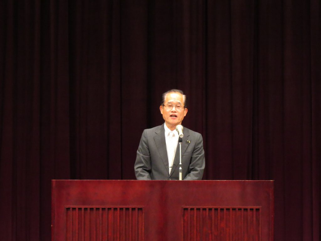 つぼいけんじ県会議員の県政報告会に参加